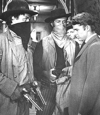 Noah Beery Jr. as Bob Dalton, Hugh O'Brien as Red Buck and Audie Murphy as Bill Doolin in The Cimarron Kid (1952)