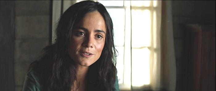 Alice Braga as Marisol in The Duel (2016)