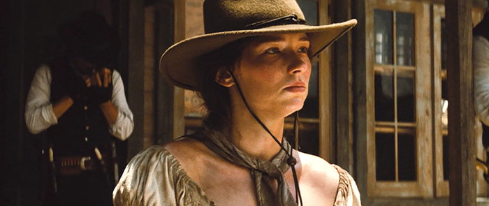 Haley Bennett as Emma Cullen in The Magnificent Seven (2016)