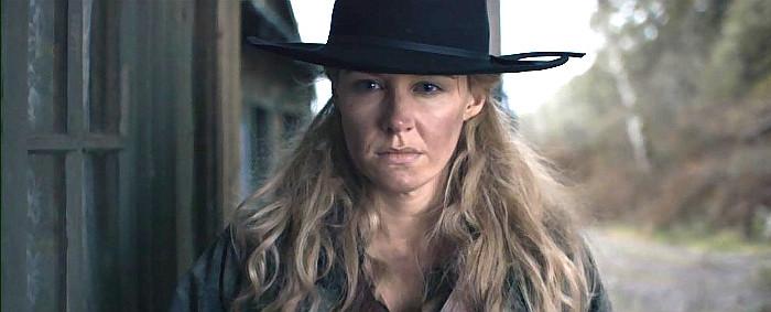 Helena Marie as Bonnie Mudd in Stagecoach (2016)