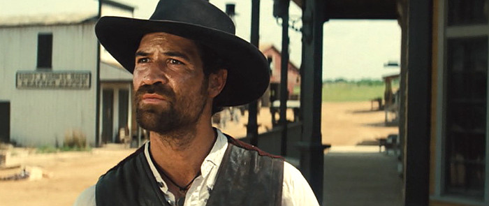 Manuel Garcia-Rulfo as Vasquez in The Magnificent Seven (2016)