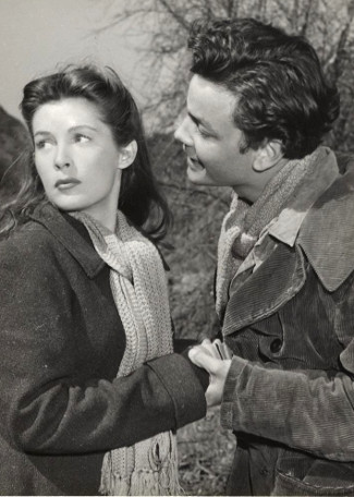 Barbara Bates as Barbara Purcell and Richard Hylton as Clyde Maxwell in The Secret of Convict Lake (1951)