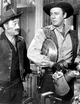 Milburn Stone as Benjy and Van Johnson as Capt. James Farraday as The Siege at Red River (1954)