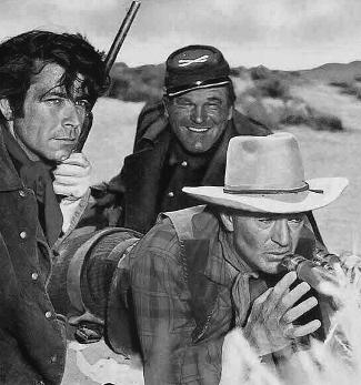 Richard Lightner as Lt. Johnson, Guinn Williams as Sgt. Snow and Gary Cooper as Maj. Lex Kearney in Springfield Rifle (1952)