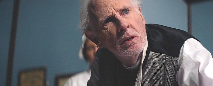 Bruce Dern as Doc Rivers O'Roark in Hickok (2017)