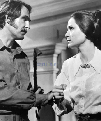 Jon Cyphe as Frank Tanner and Susan Clark as Gay Erin in Valdez is Coming (1971)