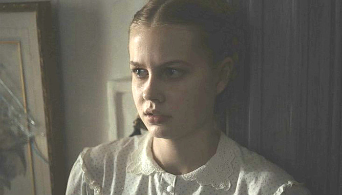 Angourie Rice as Jane in The Beguiled (2017)