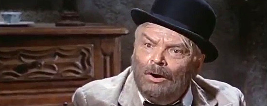 Alessandro Gottlieb as the doctor in Death at Owell Rock (1967)