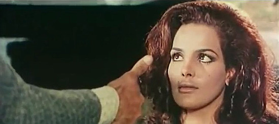 Agata Flori as Fleurette under questioning in The Return of Hallelujah (1972)