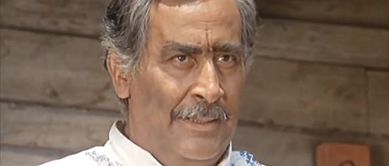 Gino Buzzanca as rich rancher Don Alvaro in Don't Wait, Django, Shoot! (1967)