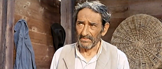 Giovanni Sabbatini as Django's Uncle Dan in Don't Wait, Django, Shoot! (1967)