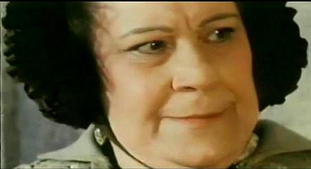 Josefina Serratosa as Mrs. Carey in I Came, I Saw, I Shot (1968)