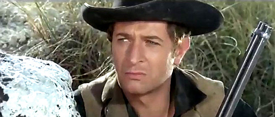 Julio Tabernero as Mark MacGregor in Seven Guns for the MacGregors (1967)