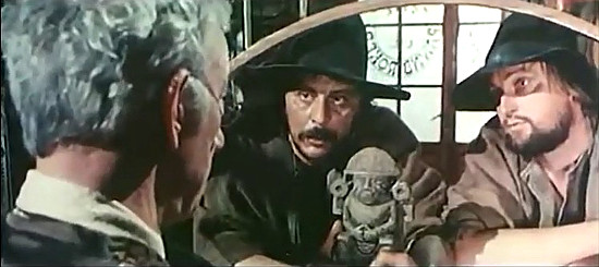 Nello Pazzafini as Abel with Lars Boch as Cain and the Aztec artifact in The Return of Hallelujah (1972)